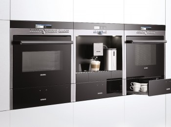 Siemens built in ovens and coffee machine